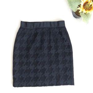 Ann Taylor Loft Black Houndstooth Texture Skirt